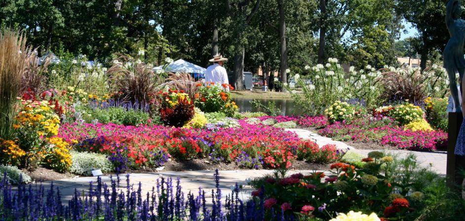 4ec61e33d56b847b5dd5206d7e768f66 - Wellfield Botanic Gardens In Elkhart Indiana
