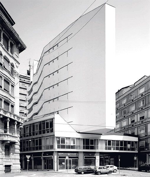 Vom rationalismus zur freien baukunst architektur for Architektur mailand