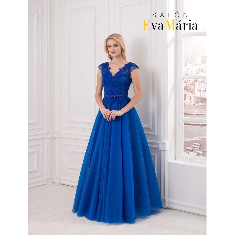 ef4752c1fd29 Kráľovsky modré večerné šaty s veľkou sukňou