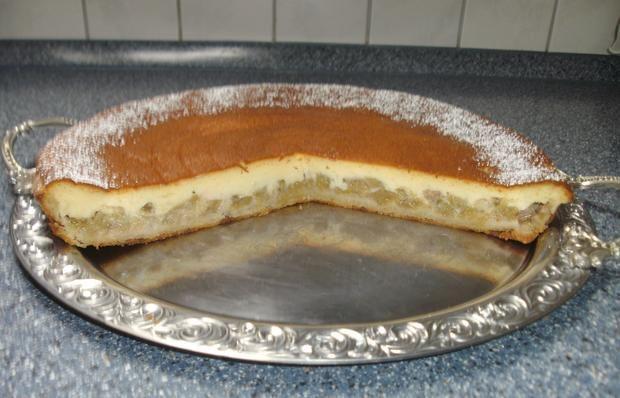 Rezept: Rhabarberkuchen mit Sauerrahmguss Bild Nr. 2