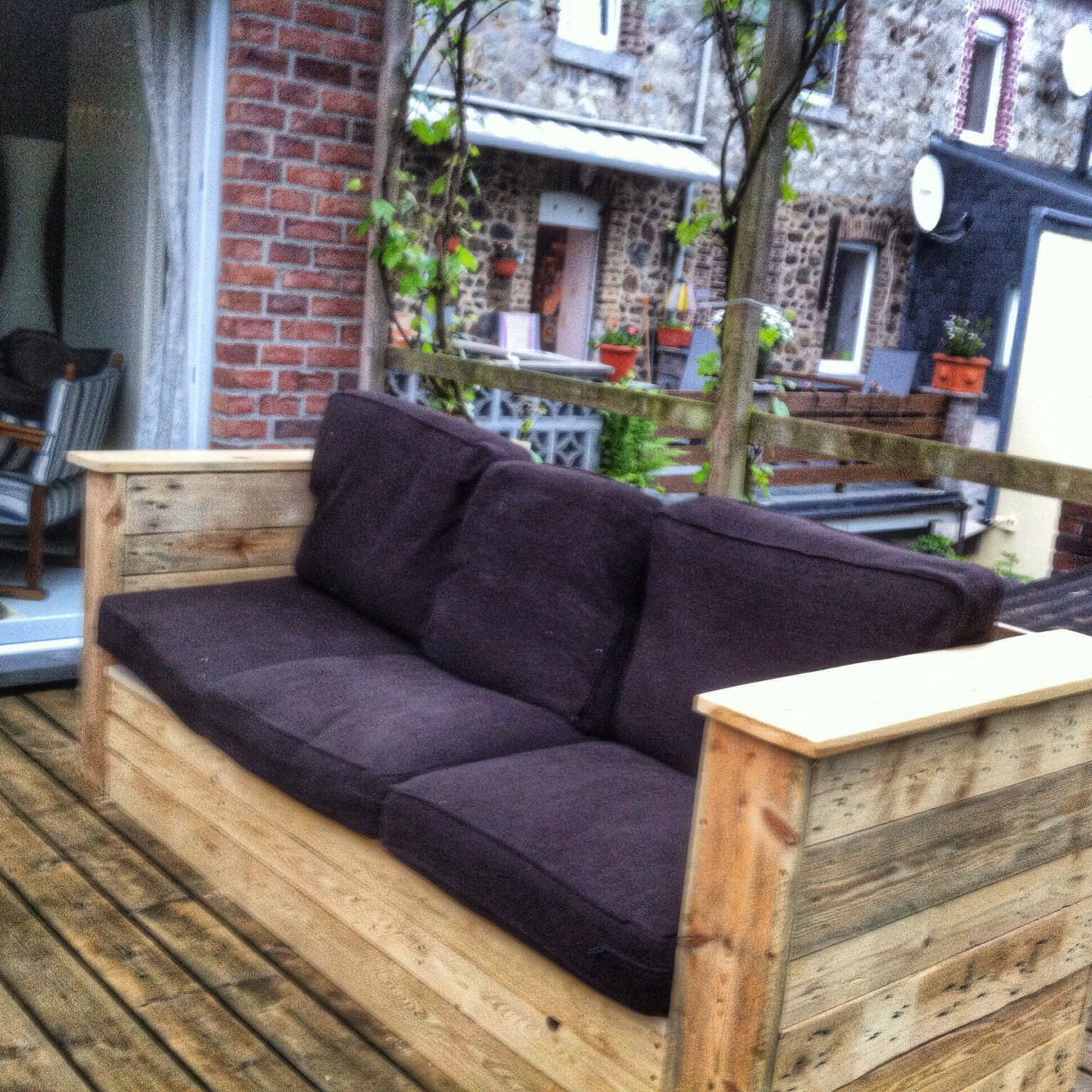 Garden Couch Pallet furniture, Diy pallet projects, Diy