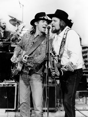 Singers Neil Young, left, and Waylon Jennings team
