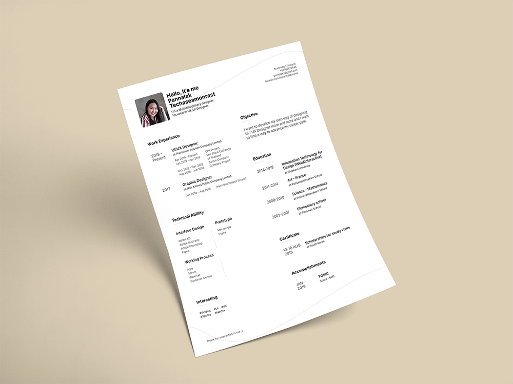 Free Figma Resume Template with simple and clean design