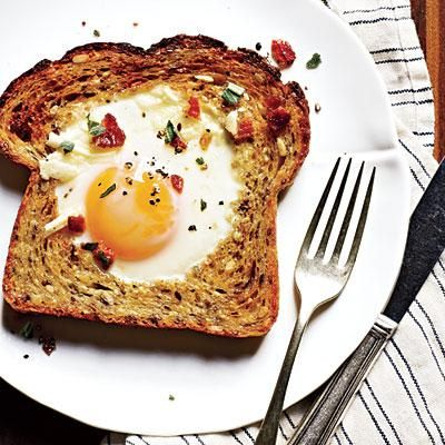 Baked Egg-in-a-Hole = protein + fiber + fun | Cookinglight.com