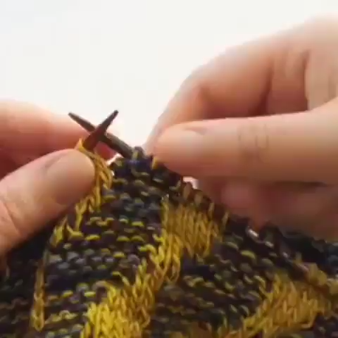Photo of Knitting Tutorial marlisle colourwork