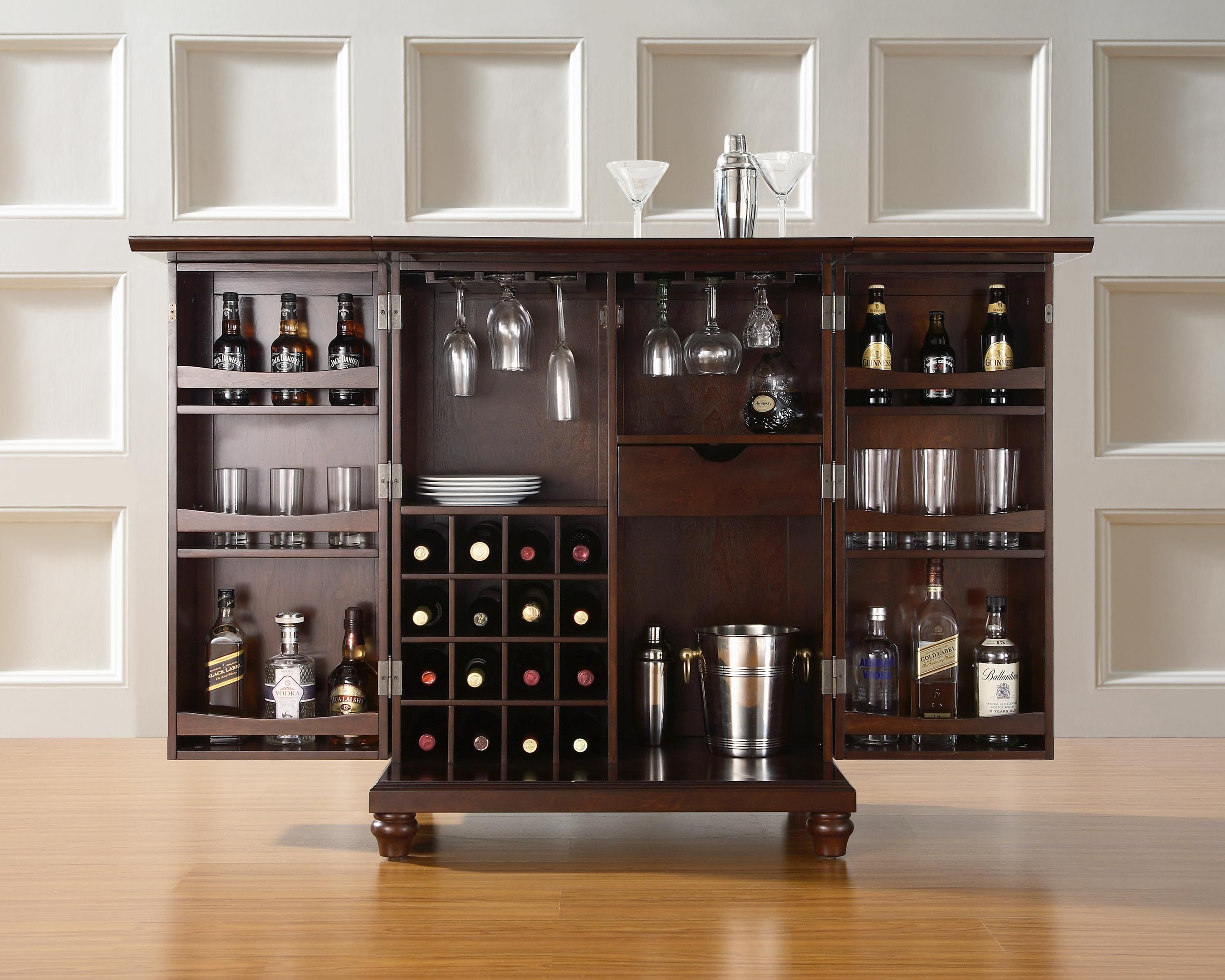 Best 25 home bar sets ideas on pinterest mini bar at for How to set up a mini bar at home