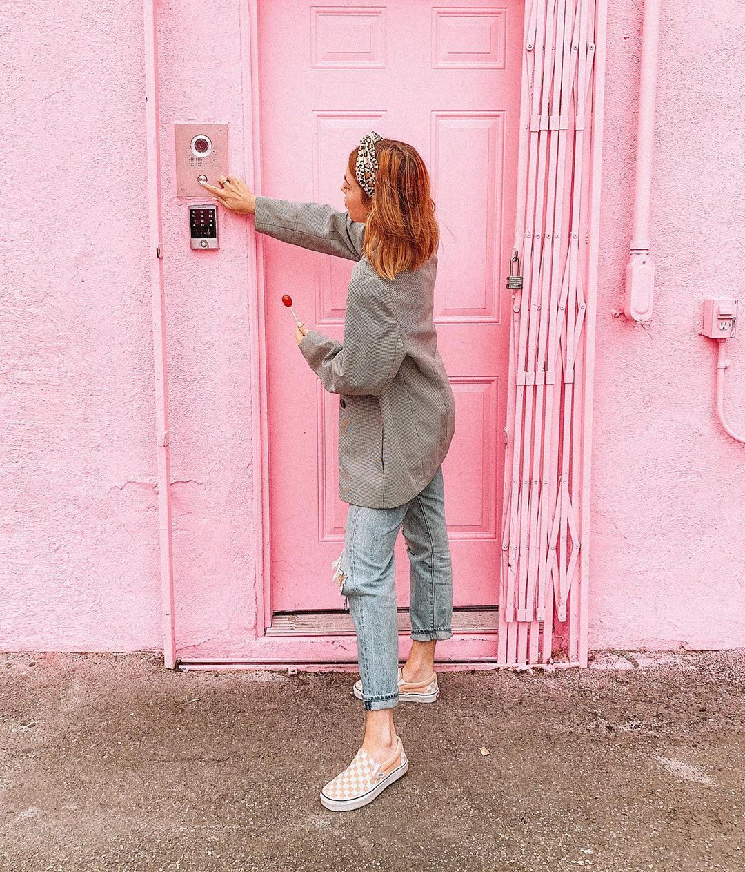 Jaci Marie On Instagram Ringing The Doorbell To Ask If I Can Move In Did You Guys Know Today Is National P National Pink Day Pink Day Today Is National