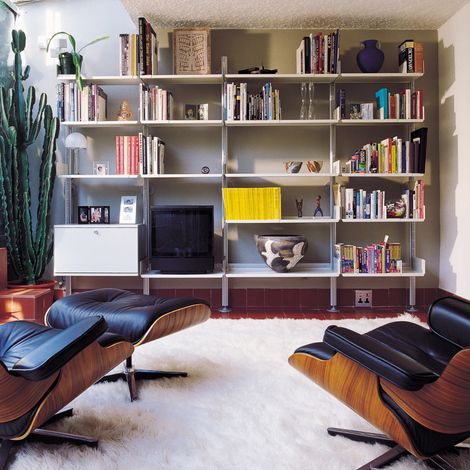 Quite a lot nicer than a Billy bookcase Vitsoe shelvingwall - designer beistelltisch vitsoe wiedereinfuhrung mobel ideen