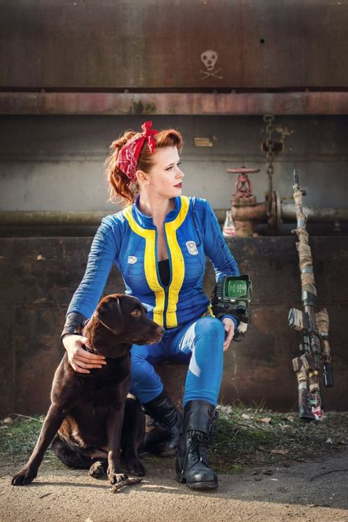 "Tagged ""vault 111 suit"" 