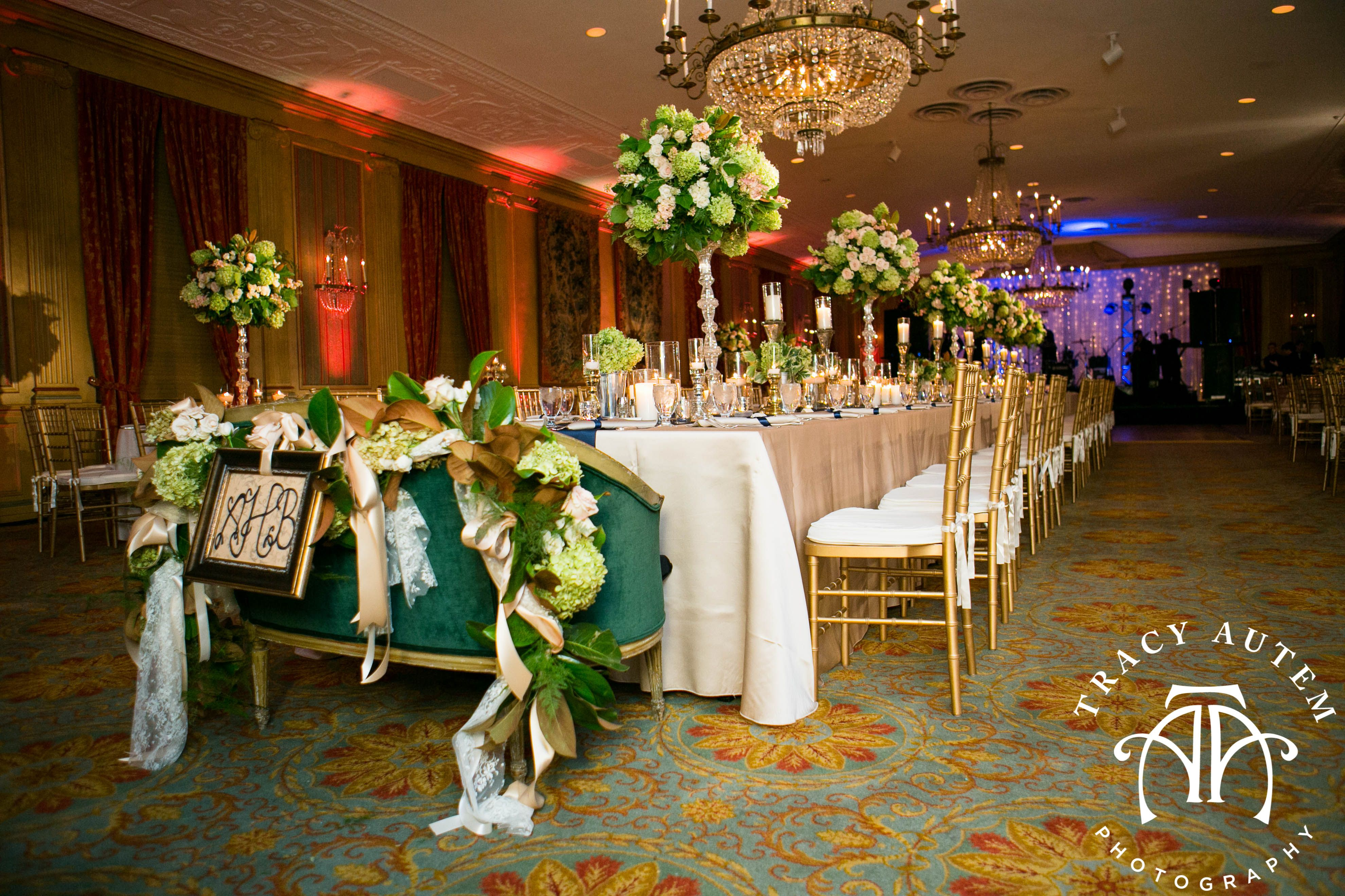 Elegant Head Table With Special Bride And Groom Bench At The Fort Worth Club