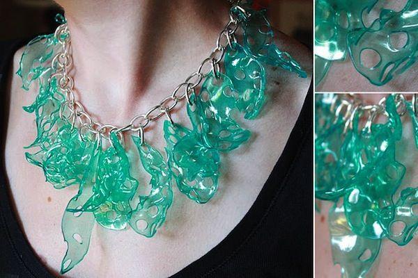 Como fazer bijouterias com pl stico reciclado de garrafas for Como criar cachamas en tanques plasticos