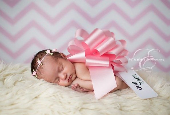 Baby Girl Newborn Photo Shoot Ideas