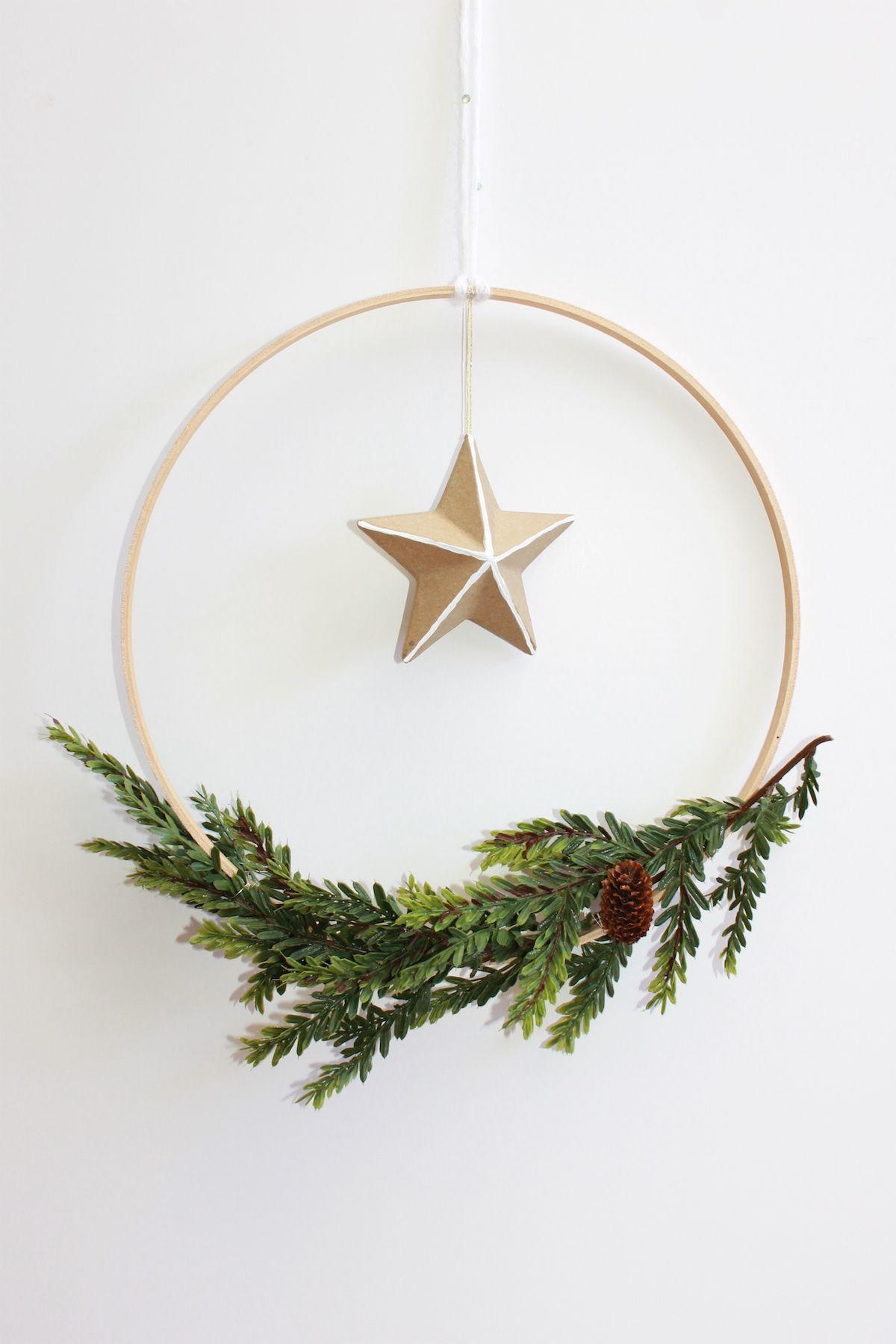 DIY Scandinavian Holiday Wreath Christmas forrentcom handmadebykellycom