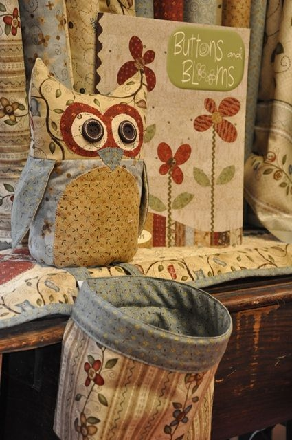 Button Tree Wall Hanging Kit I like the owl... ss