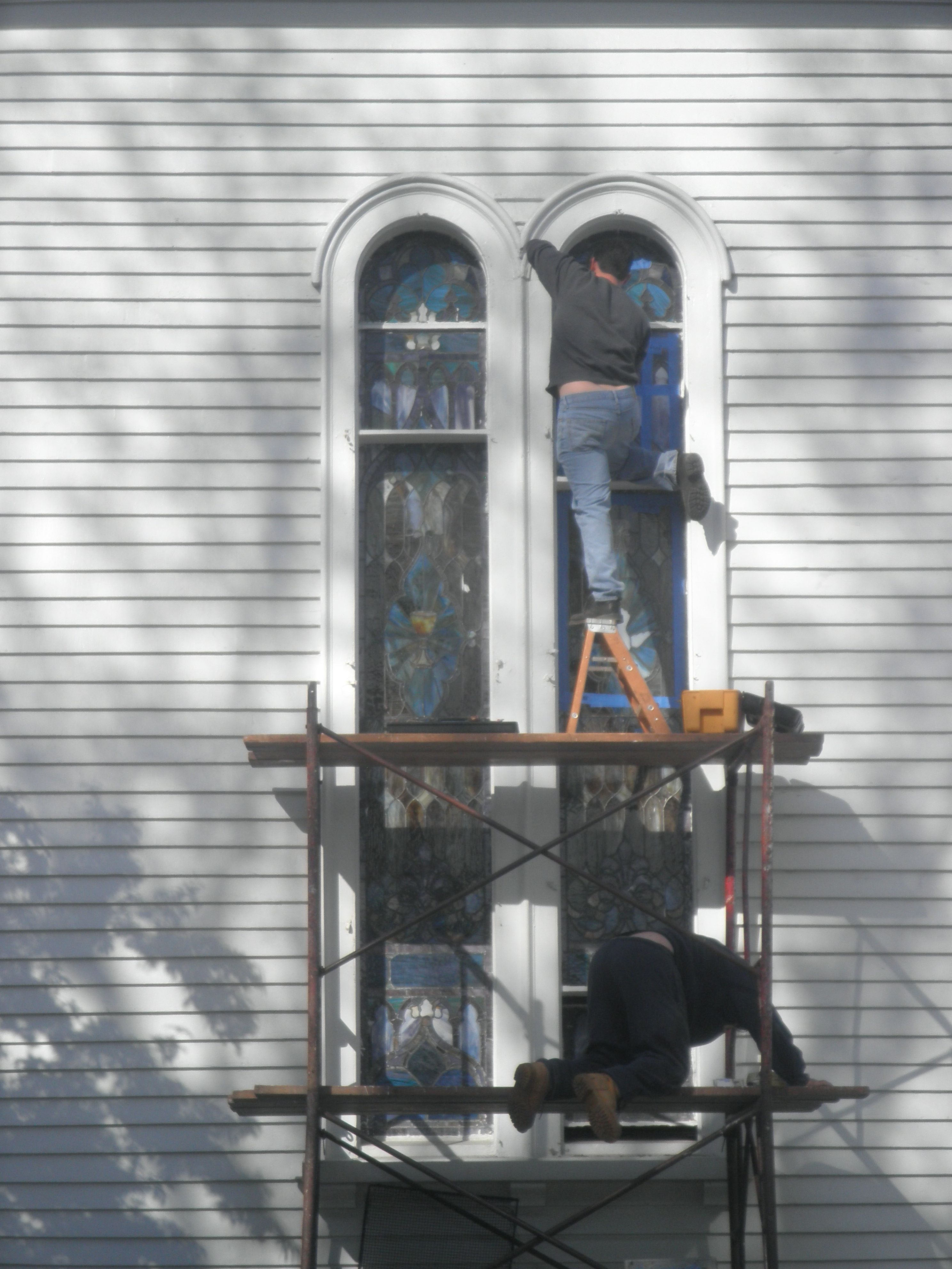 We removed 4 stained glass windows, brought them back to our studios, fully restored the windows and then reinstalled them into the front of the church giving an amazing look to the front of the church