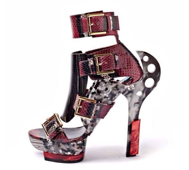 Amazing shoe art by Alexander Mcqueen