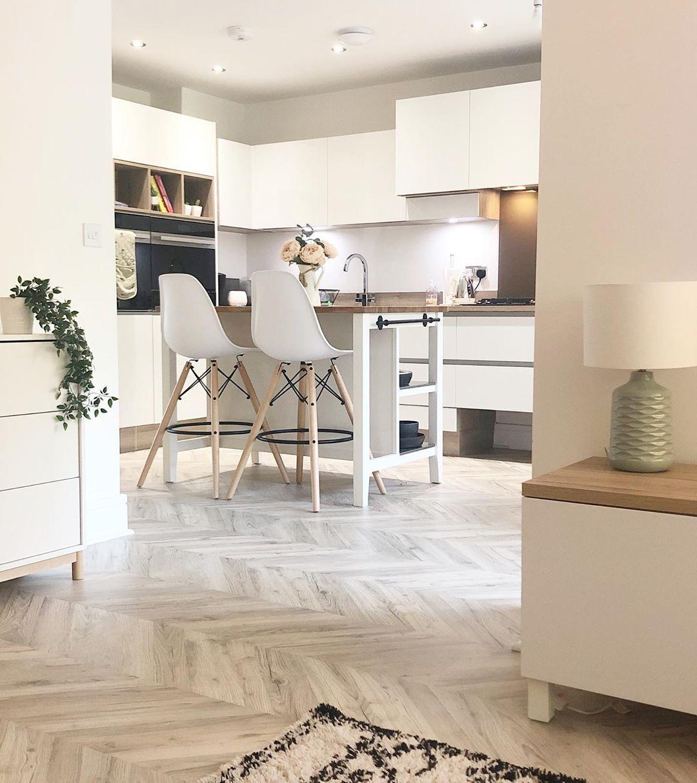 Our Signature Herringbone range of laminate flooring pairs