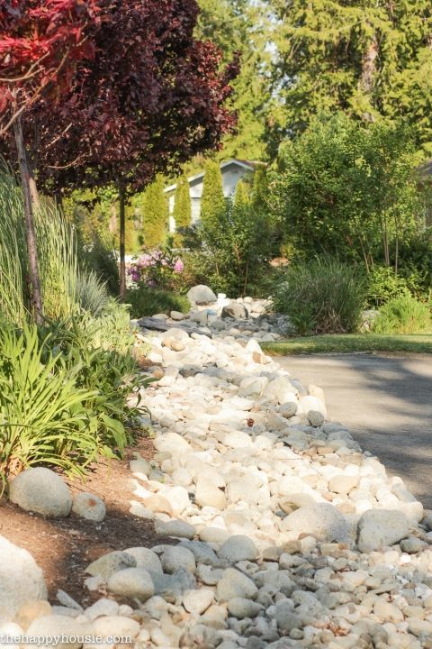Landscaping with River Rock & Dry River Rock Garden Ideas #riverrockgardens Land #riverrockgardens