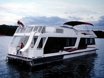 Vrbo Com 751957 Shasta Lake 4 Night Weekend Houseboat Vacation On Luxury Odyssey Houseboat Houseboat Vacation Shasta Lake Cool Places To Visit
