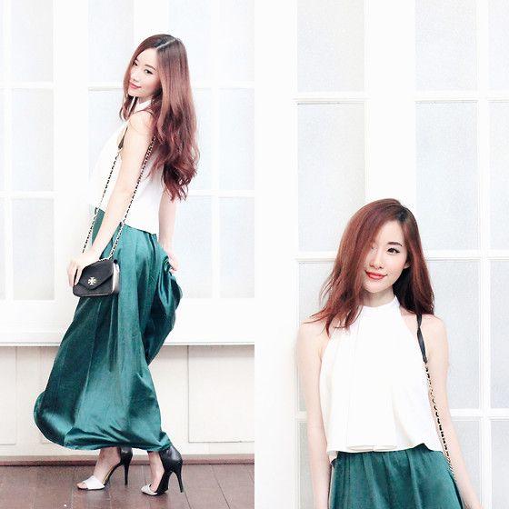 Get this look: http://lb.nu/look/7267630  More looks by Elle Yamada: http://lb.nu/elleyamada  Items in this look:  Zara White Halter Top, Gowigasa Emerald Green Silk Maxi Skirt, Tory Burch Bag   #chic #elegant #minimal