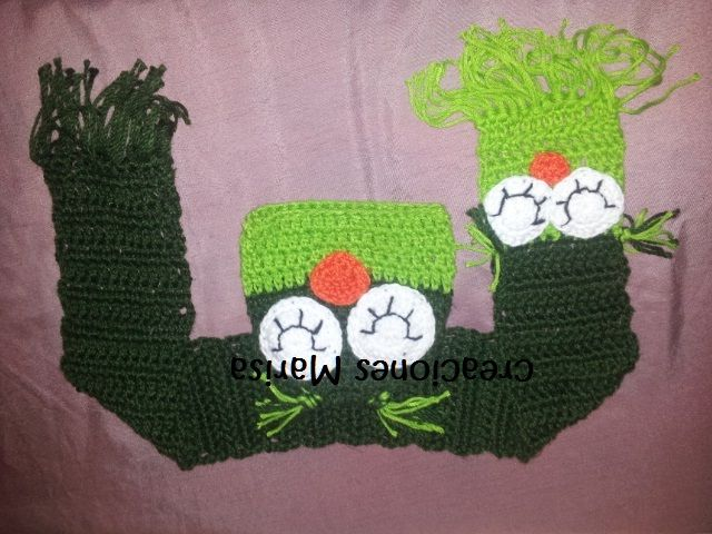 buho verde, bufanda y gorro a crochet