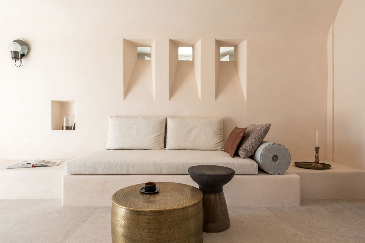 Istoria Boutique Hotel In Santorini - When Holistic Approach Tells A Story - AUTHENTIC INTERIOR