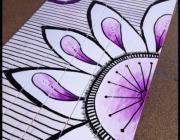 Mandala de flores pintado sobre lamas de madera con pintura acrílica.Perfecto como ...