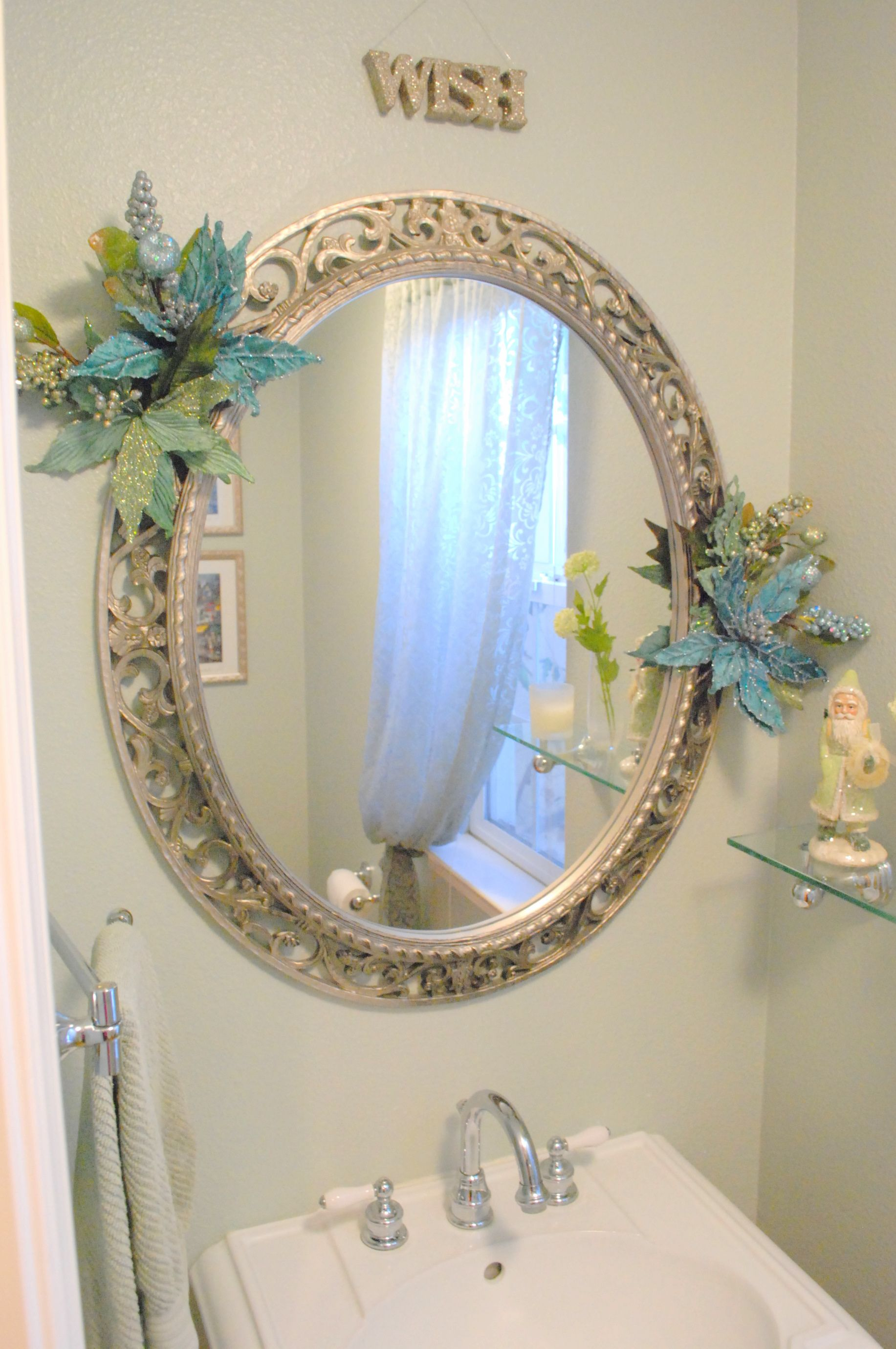 love, love, love the mirror!!! (not so much the holiday accents