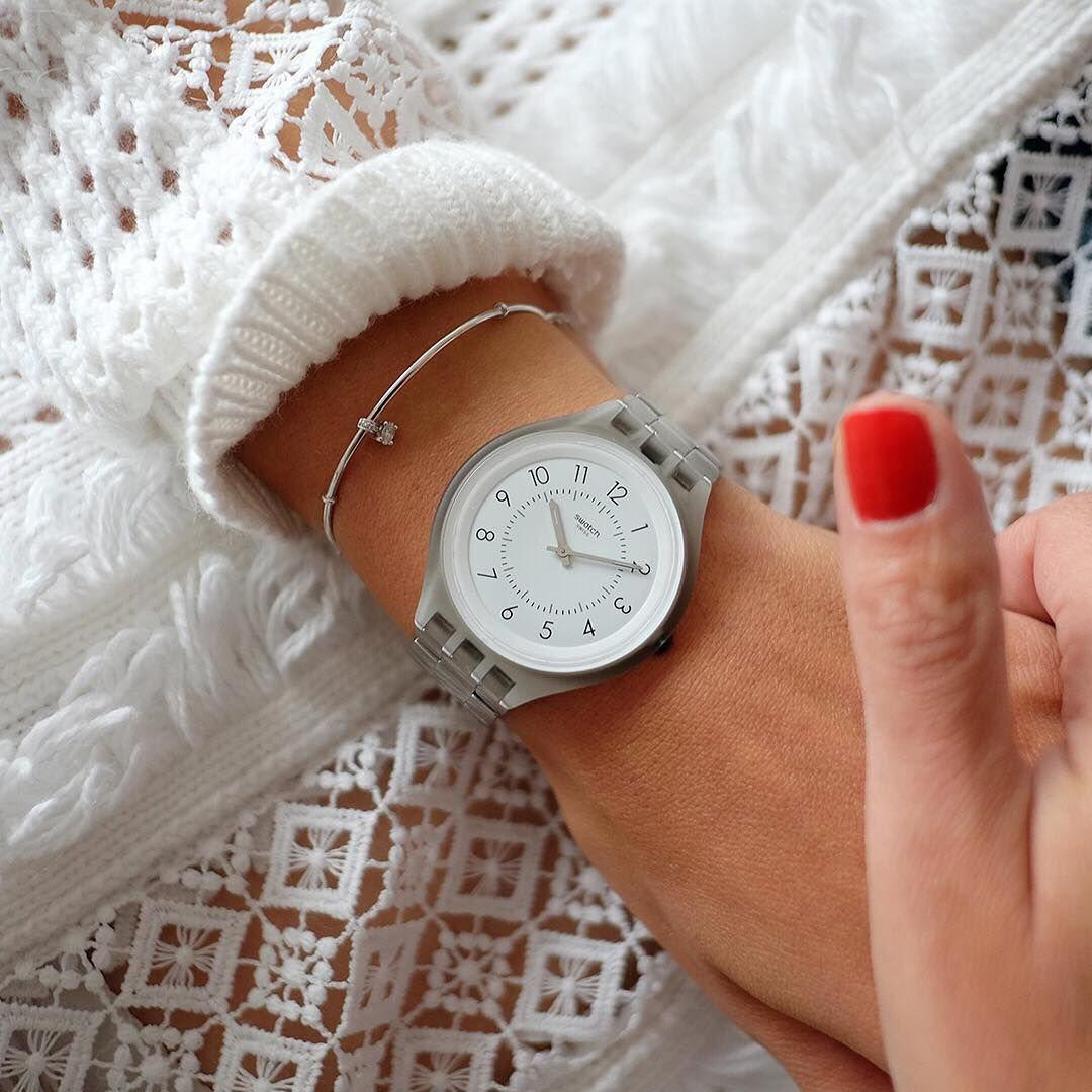 Http Www Mywatchsquare Com Awesome Light And Thin Swatch Skinsteps The White Dial Features Minimalistic Design Phot Swatch Swatch Women Stainless Watch