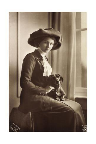 size: 24x16in Giclee Print: Prinzessin Viktoria Luise Mit Einem Dackel, Npg :