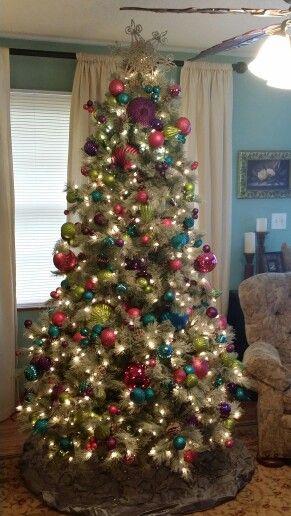 Christmas Tree With Only Balls Christmas Tree Xmas Decorations Christmas