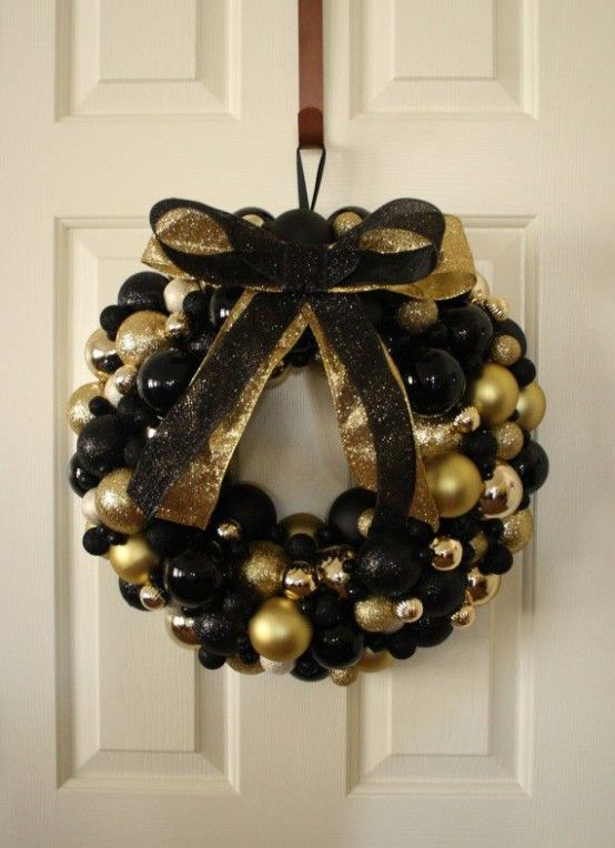25 Sparkling Black And Gold Christmas Decoration Ideas | Gold ...