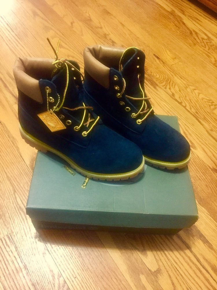 Black and gold Timberland boots size 9.5 with box dcb32bd7a4