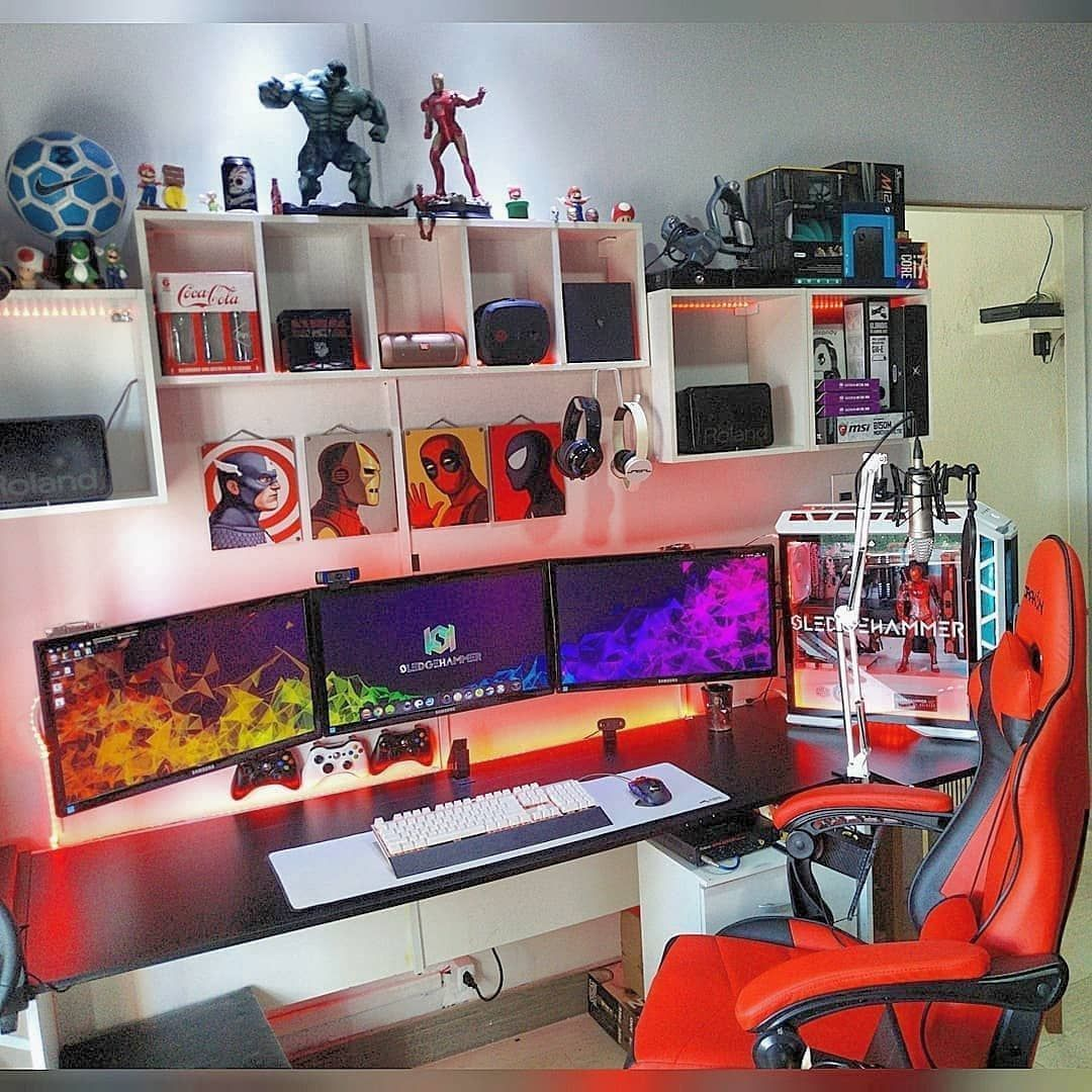 Crazy gaming desk Crazy gaming desk Crazy gaming desk