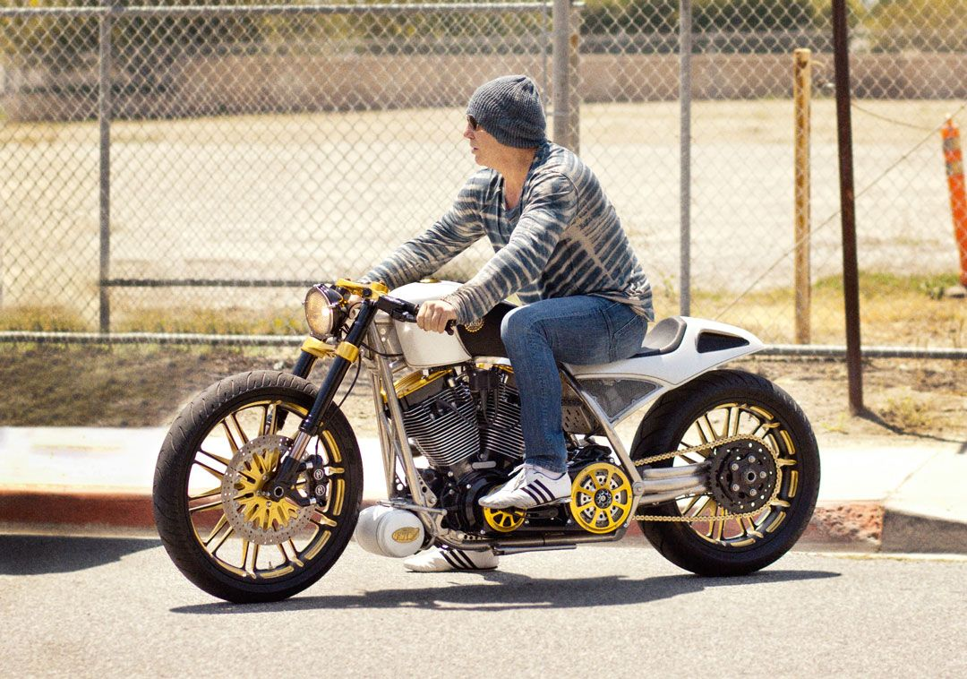 Mickey Rourke Build