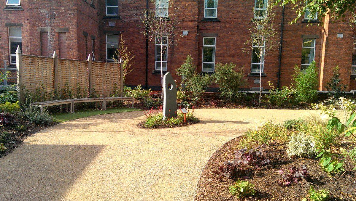 Willowbrook Landscapes | Nottingham City Hospital Landscape ...