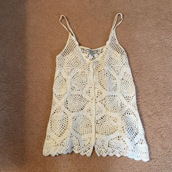Shirt Creamy white crochet guess top Guess Tops Tank Tops | My Posh ...