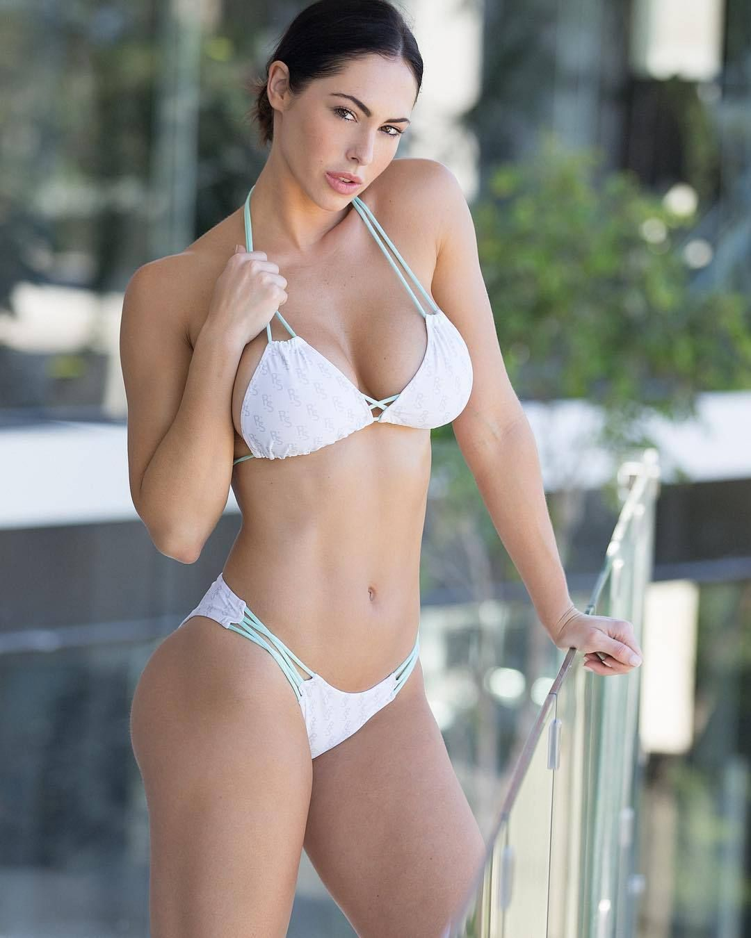 Hope Beel naked 513