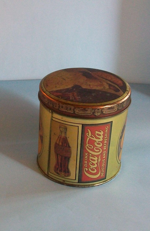 RETRO STYLE COCA COLA HINGED TIN//PILL BOX