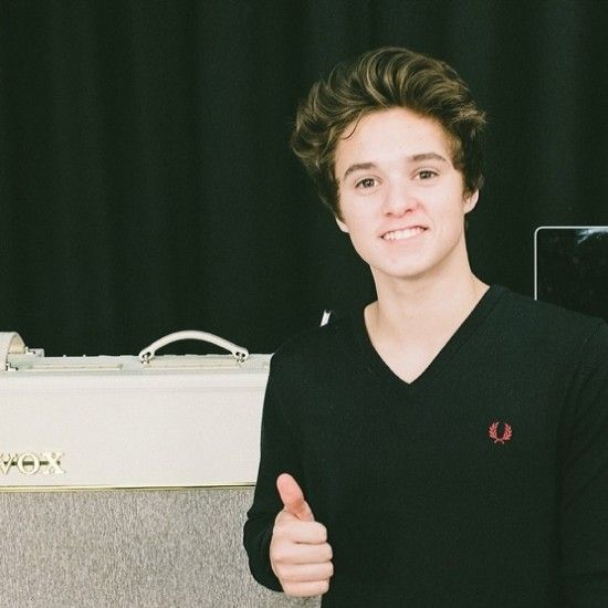 the vamps bradley simpson 2014 | Brad-Simpson-The-Vamps-550x550.jpg