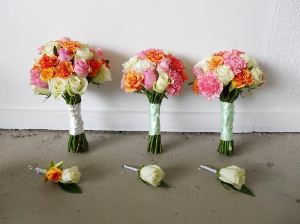 rose wedding bouquets and buttonholes