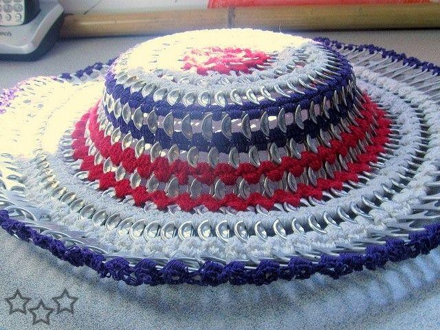 sombrero multicolor con anillas de latas | sombreros | Pinterest ...