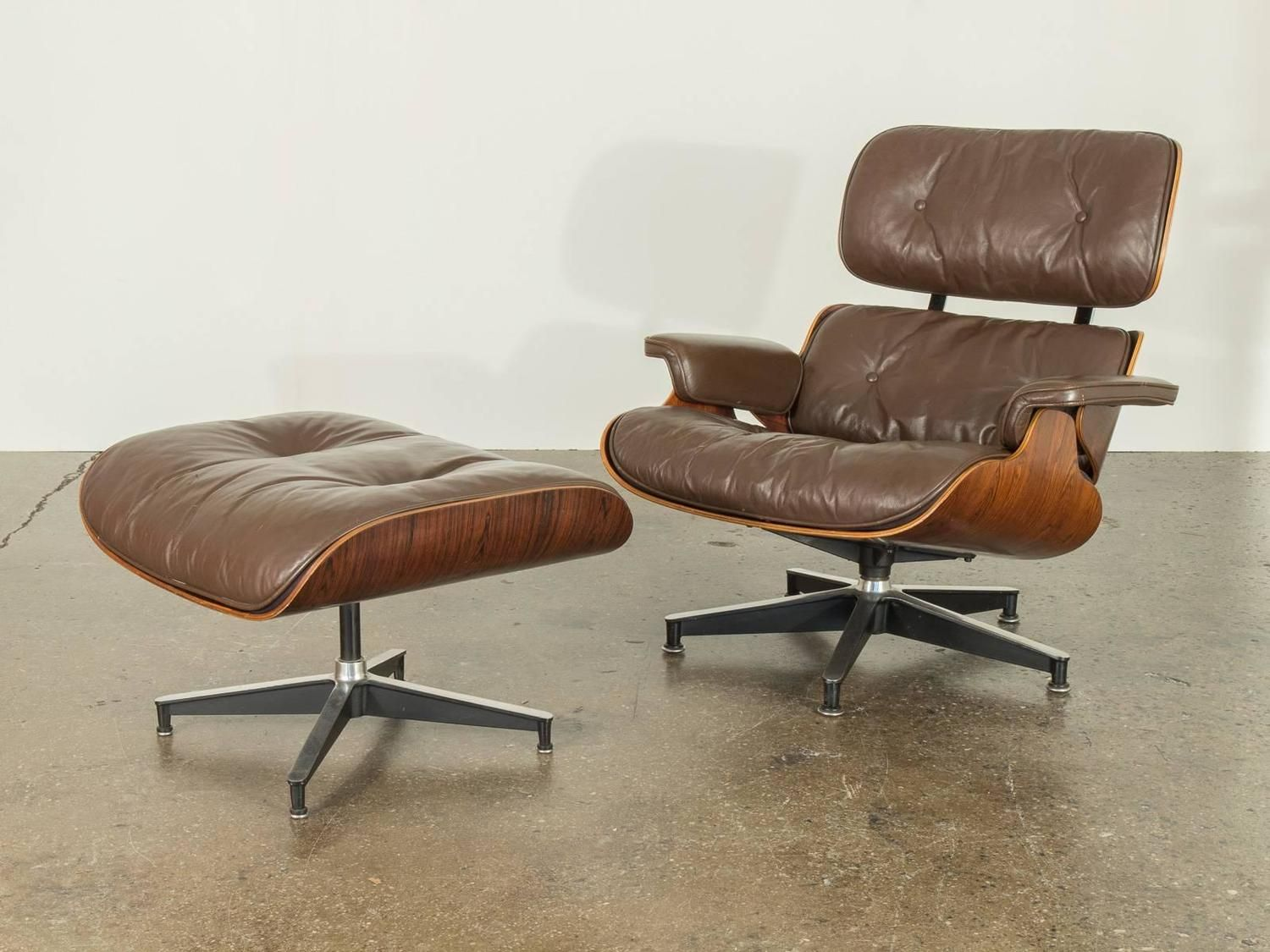 Brown Leather Eames 670 Rosewood Lounge Chair 2 Lounge Chair