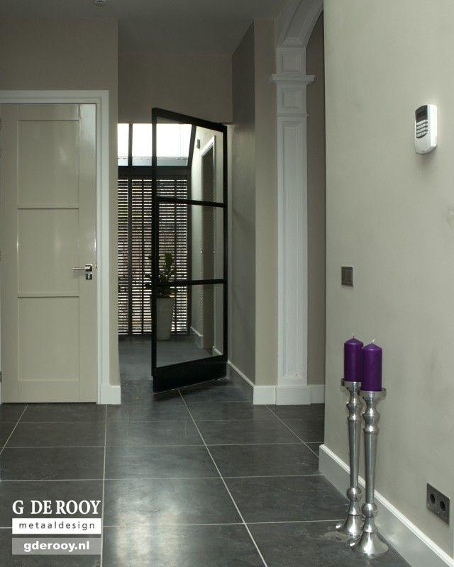 Stalen deuren voor binnen en buiten g de rooy metaaldesign gang pinterest stalen deuren - Kleur binnendeuren ...