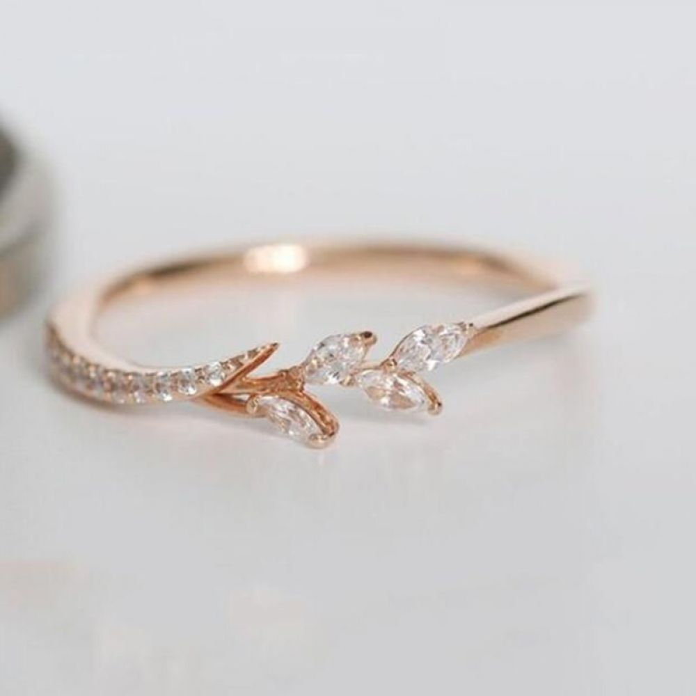 Tisonliz Danity Leaf Crystal Engagement Rings Womens Eternity Wedding Band Rings For Female Rose Gold Rings Jewelry Gifts