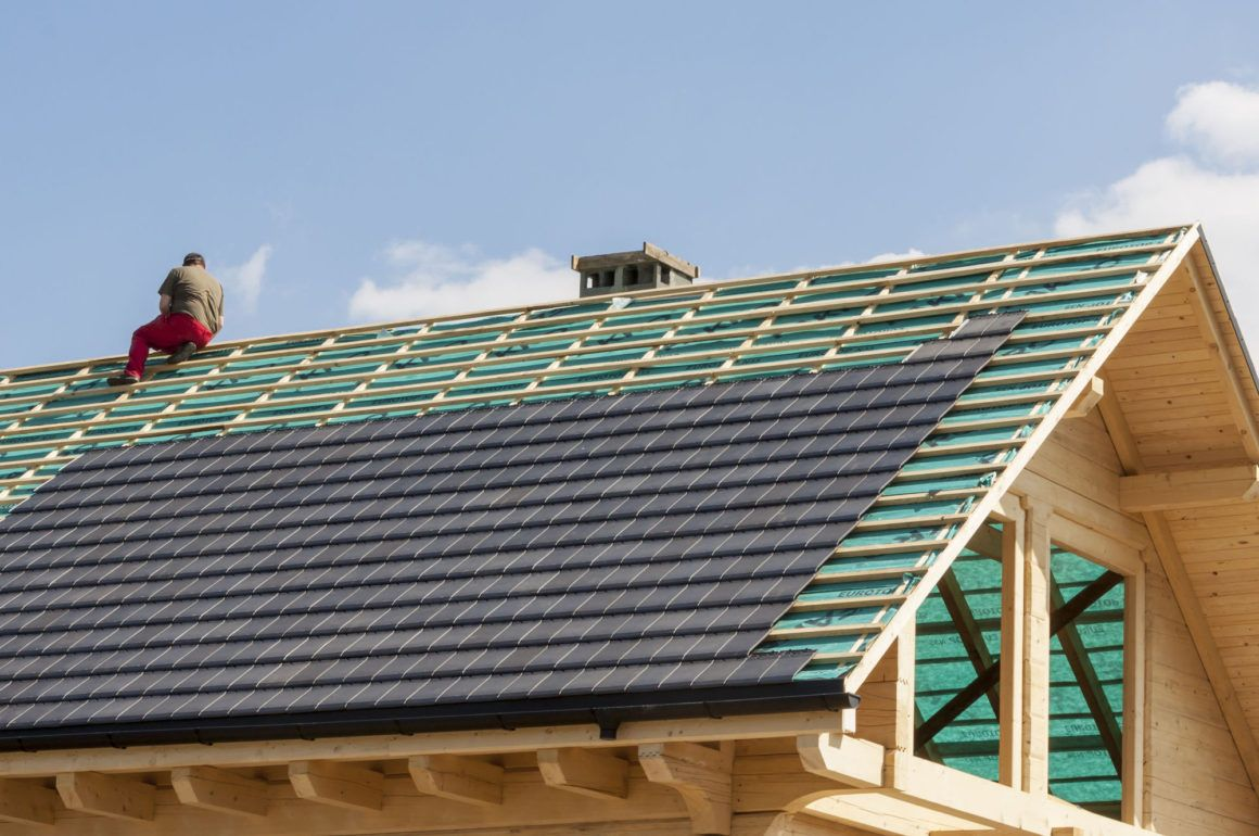 What To Consider When Booking Roofing Companies Roofing Companies Roofing Roofer