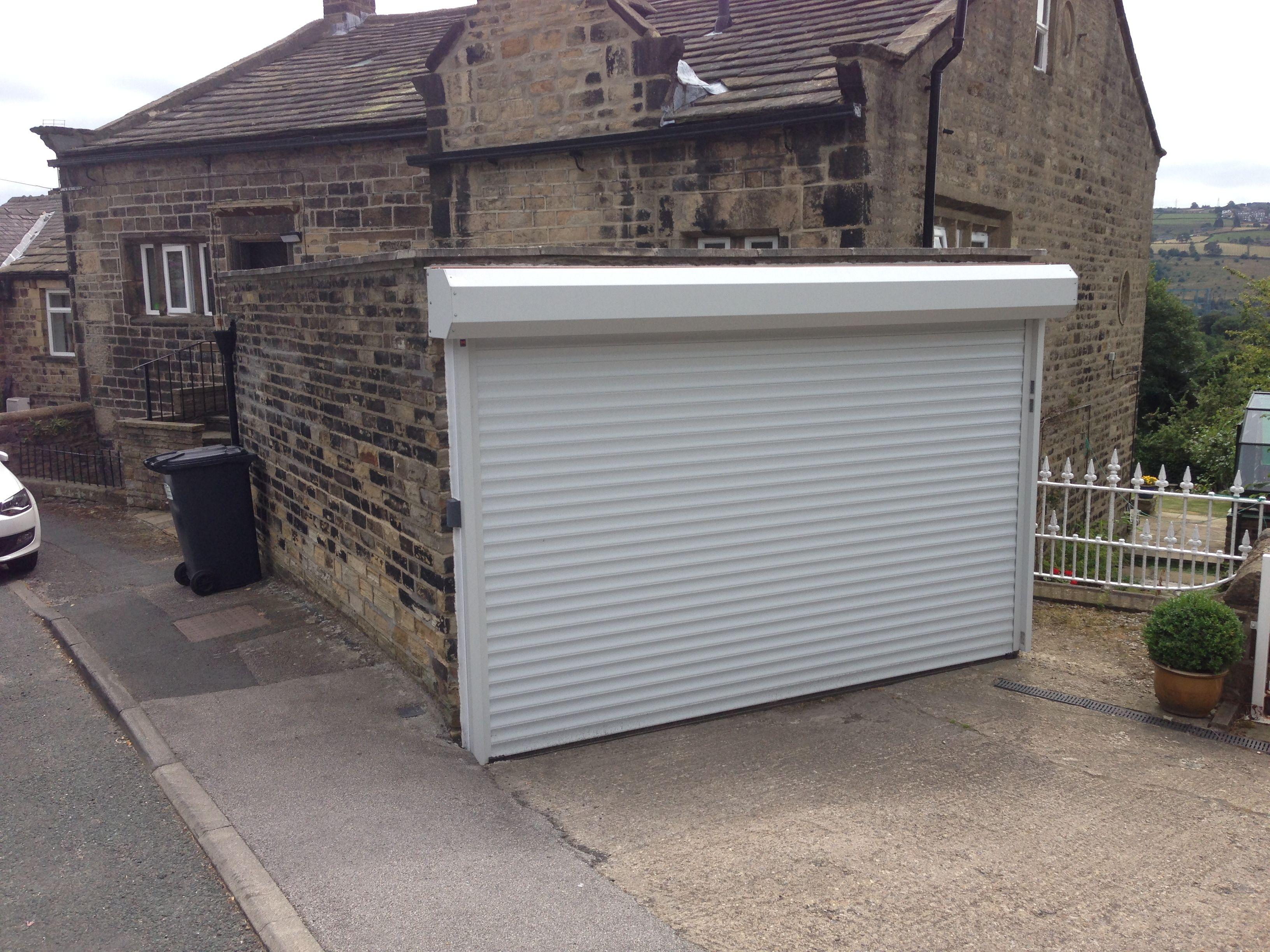 Hormann Rollmatic Made To Measure Aluminium Insulated Roller Door Roller Doors Garage Doors Door Casing