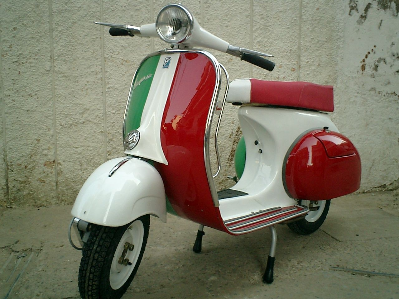 classicscooters vespa owners manual vespa affair. Black Bedroom Furniture Sets. Home Design Ideas
