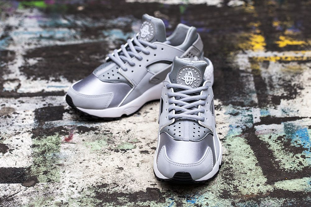 Nike Air Huarache Womens Wolf Grey White | The Sole Supplier