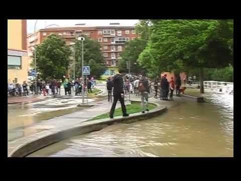 Inundaciones Rochapea -IRUÑA 2013- - YouTube